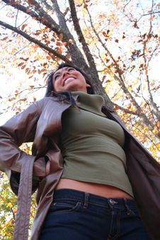 Free Sexy Woman In Fall Fashion Outdoors Royalty Free Stock Images - 1549499