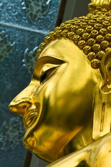 Free Face Of Golden Buddha Royalty Free Stock Image - 15401136