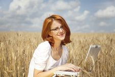 Free Businesswomen In White With Notebook At Wheat Fiel Royalty Free Stock Images - 15402349