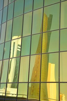 Free Window Reflection Stock Photography - 15402652