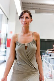 Free Supermarket Woman Stock Image - 15402741