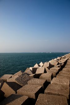 Free Breakwater Royalty Free Stock Image - 15404266