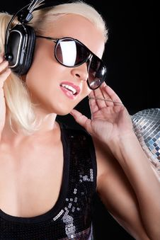 Free Girl Is Listening Music Stock Images - 15404344