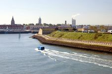 Free Port Of Calais Royalty Free Stock Photos - 15404778