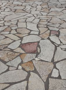 Free Rock Tiled Pathway Royalty Free Stock Images - 15407549
