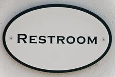 Free  Restroom  Sign Royalty Free Stock Photography - 15416187