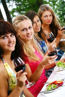 Free Group Of Beautiful Girls Drinking Wine Stock Photography - 15418072