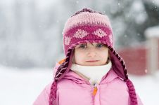 Free Winter Toddler Girl In Pink Hat Stock Photography - 15419902
