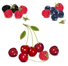 Free Group Of Berries. Royalty Free Stock Image - 15421216