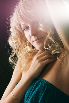Free Beautiful Seductive Woman Stock Photography - 15421462