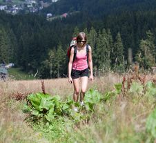 Free Young Woman Hiking Outdoors Stock Images - 15422624