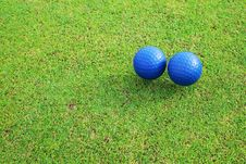 Free Two Ceramic Golf Ball Royalty Free Stock Photography - 15422947