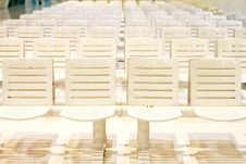 Free White Chairs Stock Photos - 15423273
