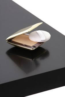 Free Makeup Compact Powder On Black Table Stock Images - 15425014