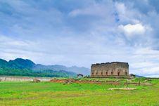 Free The Sunken Temple In Kanchanburi Stock Image - 15426461