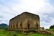Free The Sunken Temple In Kanchanburi Royalty Free Stock Image - 15426466