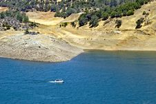 Free Boating On Small Lake, California Stock Photo - 15433550