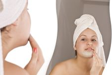 Free Woman During Spa Royalty Free Stock Image - 15434356
