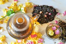 Free Tea With The Petals Of Roses Stock Photos - 15435583