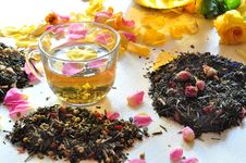 Free Tea With The Petals Of Roses Royalty Free Stock Photos - 15435588