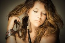 Free Gently Young Woman Royalty Free Stock Photo - 15439445