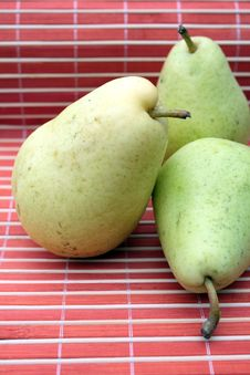 Free Pears Stock Photos - 15440103