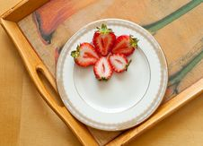 Free Strawberry Snack Plate Royalty Free Stock Image - 15444926