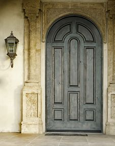 Free Large Wooden Doorway Entrance Stock Photos - 15445533