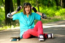 Teenage Girl With Skateboard Royalty Free Stock Photos