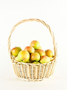 Free Basket With Apples Royalty Free Stock Photos - 15447728
