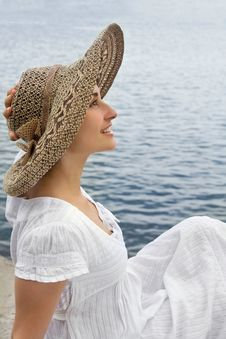 Free Happy Young Girl In The Bonnet Stock Photos - 15451533