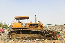 Free Bulldozer Royalty Free Stock Image - 15451616