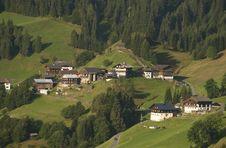 Free Mountain Village In Austrian Alps Royalty Free Stock Photo - 15452035
