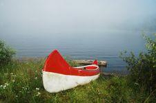 Free Canoe Near The Lake Stock Photo - 15453270