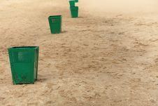 Free Bin Garbage At Beach Royalty Free Stock Photo - 15455125