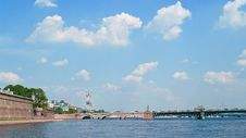 Free Urban Landscape With River Neva Royalty Free Stock Images - 15455999