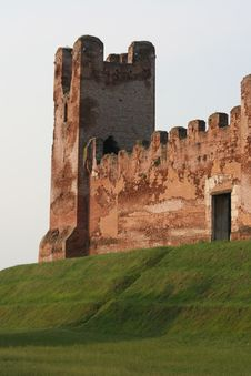 Free Medieval Brick Castle Stock Photo - 15457740