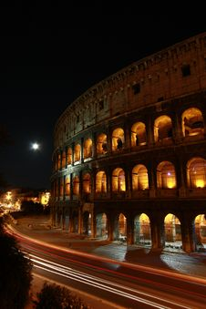 Free Roman Colesseum At Night Stock Photography - 15461152