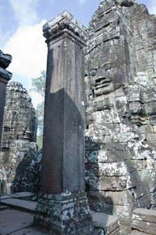 Free Ancient Faces Stone Cambodian Temple Bayon Stock Images - 15461174
