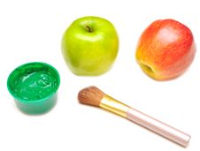 Free Apple And Paints Stock Photography - 15465902