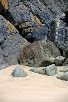 Free Rocks And Sand On The Beach Royalty Free Stock Image - 15469336