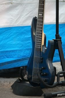 Free Guitar Royalty Free Stock Photos - 15470208