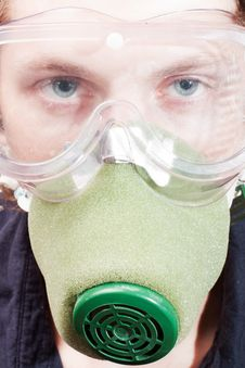 Free Man In A Respirator Royalty Free Stock Image - 15470326