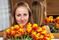 Free Blonde Holding Bunch Of Flowers Royalty Free Stock Images - 15478459