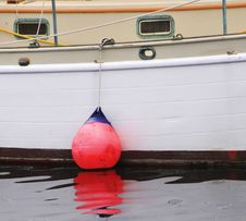 Free Buoy And Reflection. Royalty Free Stock Photos - 15479898