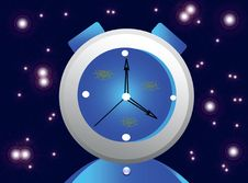 Free Watch On голубом Background With Glare Stock Photo - 15480060
