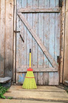 Free Broom Royalty Free Stock Photo - 15486555