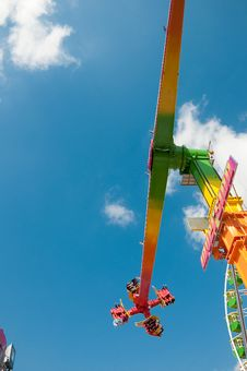 Free Ferris Wheel Royalty Free Stock Image - 15487076