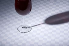 Free Red Wine Glass On Table Stock Images - 15491634