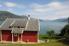 Free Balestrand Village, Norway Royalty Free Stock Photo - 15496465